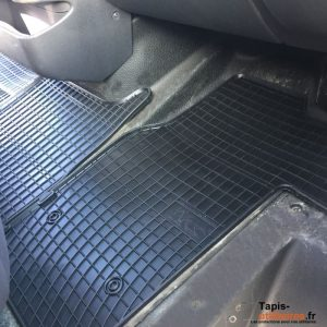 tapis pour nissan nv400